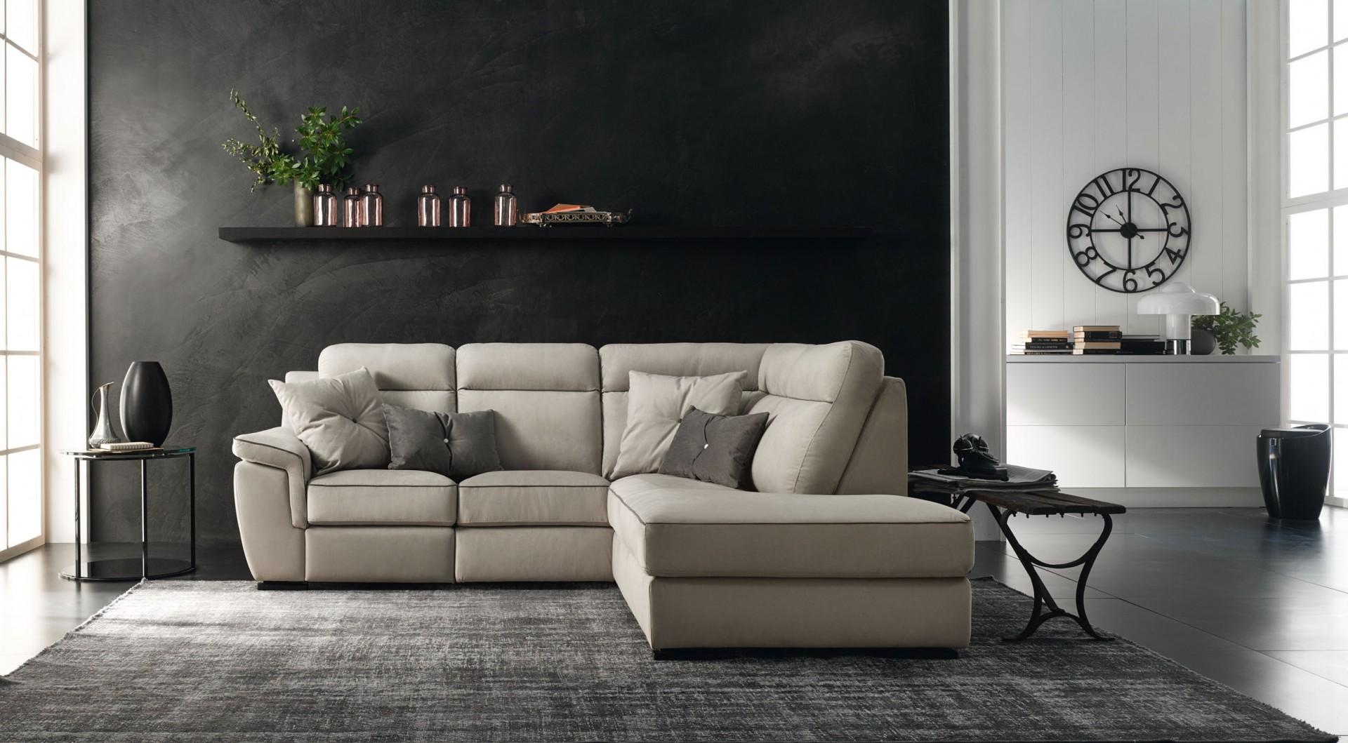 Beautiful le confort divani contemporary acrylicgiftware for I migliori divani 2016