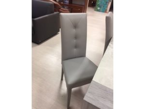 Deper mobili arredamento mobili e complementi per la for Casa moderna zurigo